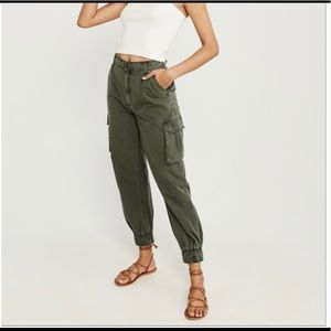 NWT Women's Cargo Abercrombie & Fitch Joggers